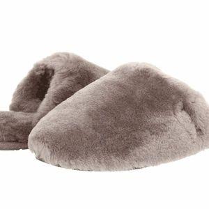 NEW UGG Women's Fluff Clog Slippers 1005564 6